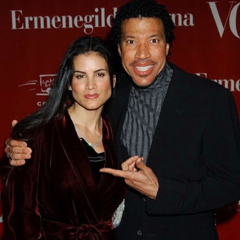 Diane tied a knot with Lionel Richie onDecember 21, 1995.