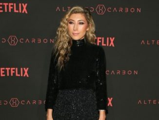 Dichen Lachman is a married lady and also shares a daughter with her parnter.