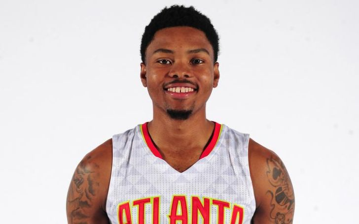 Kent Bazermore is in a married relationship with his wife Samantha Serpe since 2017.