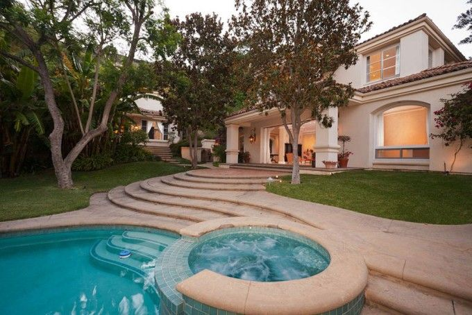 Sharon Stone's spectacular residence in Beverly hills