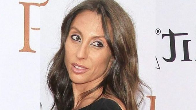 Vicky Karayiannis walked down the aisle with Late American singer, Chris Cornell in 2004.