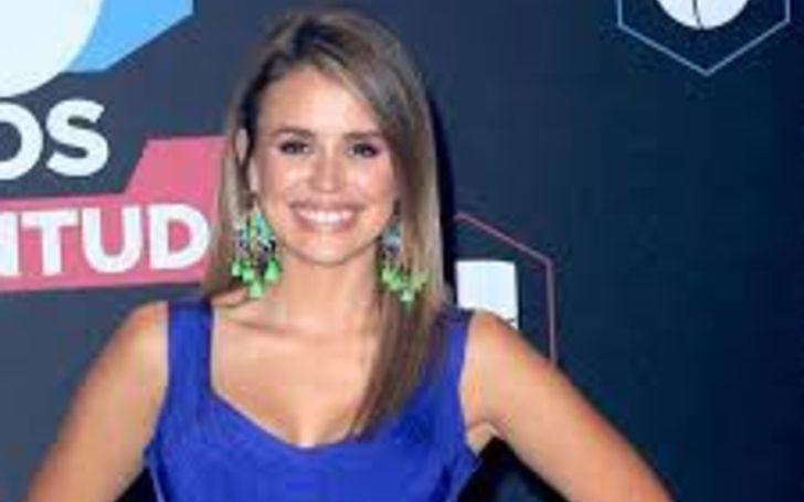 Carolina Sarassa has an estimated total net worth of $1 million