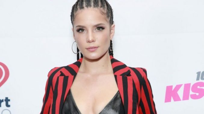 Halsey was criticized for her ampit stubble and Demi Lovato supported her