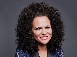 Sanaa Hamri is not married yet.