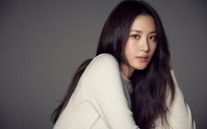 Claudia Kim Personal Life, Dating, Net Worth, Age, Height, Facts