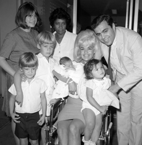 Tony Cimber with his dad Matt Cimber late mom Jayne Mansfield and his brothers and sisters