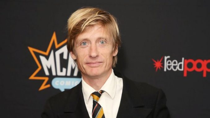 Crispian Mills' net worth is $3 million