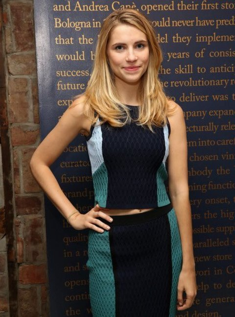 Wallis Currie-Wood hails from Texas.