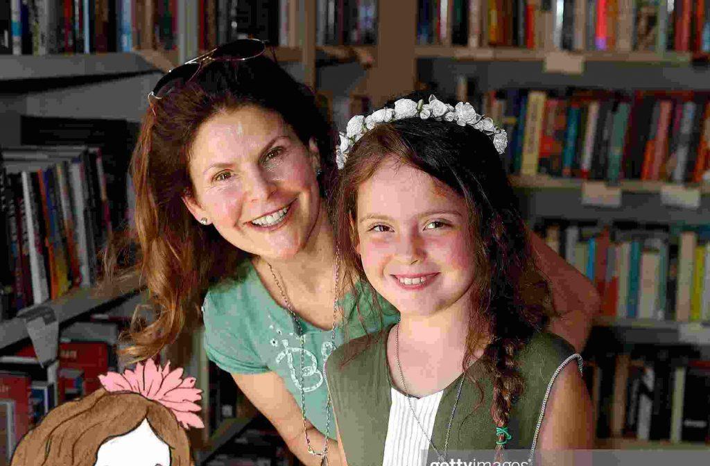 Elizabeth Gorcey and her child Olivia Amiri