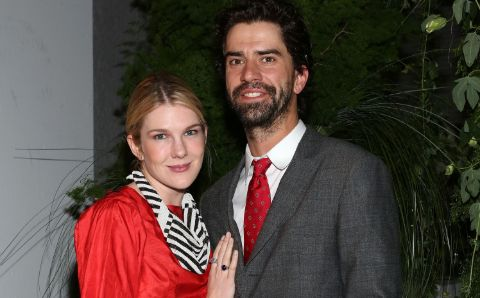 Hamish Linklater with his future wife Lily Rabe