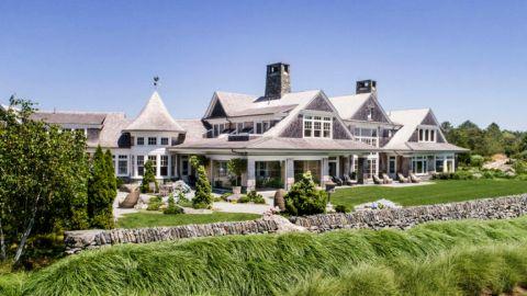 Jerry Sheindlin and his partner Judy Sheindlin's mansion in Newport, Rhode Island