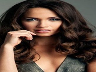 Maiara Walsh has a net worth of around $850 thousand as pf 2019