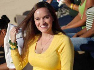 Rebecca Liddicoat has a net worth $1 million
