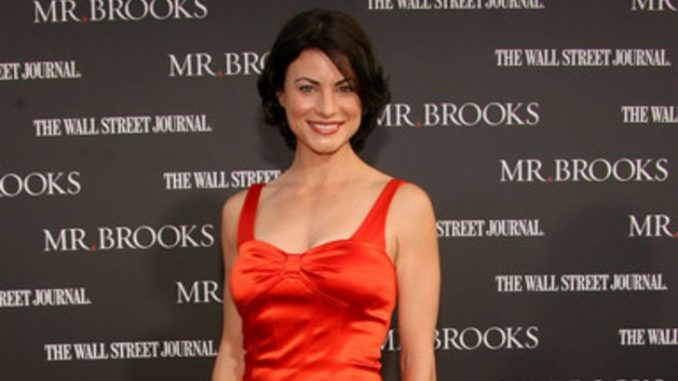 Traci Dinwiddie has a net worth of $1 million