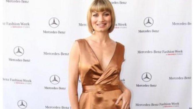 Rena Riffe's net worth is $2 million