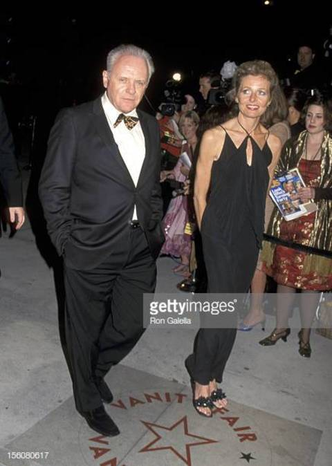 Jennifer Lynton stands at a height of 6 feet 6 inches.