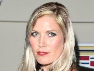 Jolene Van Vugt is married to Steve McCann since 2013.