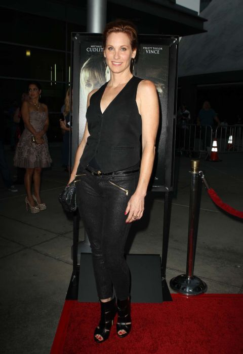 Judith Hoag has  a net worth of $4 million