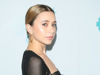 Olesya Rulin has a net worth of $2 million