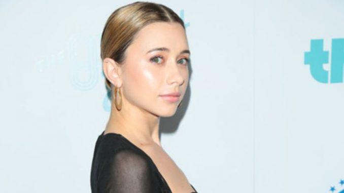 Olesya Rulin has a net worth of $2 million