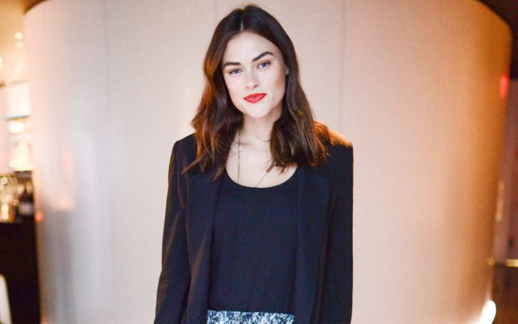 Myla Dalbesio's Net Worth is in Millions; Know Her Professional Career and Personal Relationship