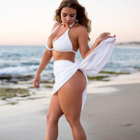 Jem Wolfie's mother is a fitness lover