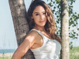 Danielle Robey is earning huge sum of money through her career