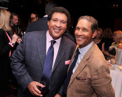 Greg Gumbel is one of such media personality who does not quite enjoys the limelight and keeps his matter and details about his relations with himself.