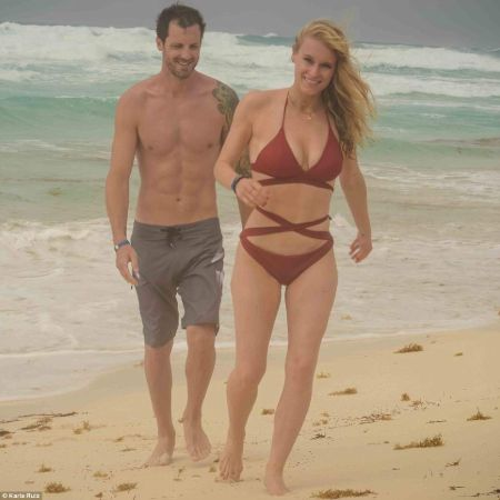 Leven Rambin and Tilky Jones having a good time at a beach in Mexico.