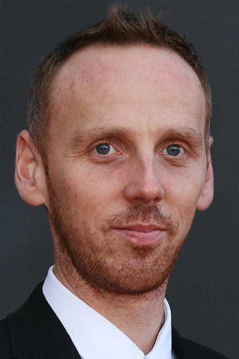 Ewen Bremner is in a relationship with Marcia Rose for a long time.