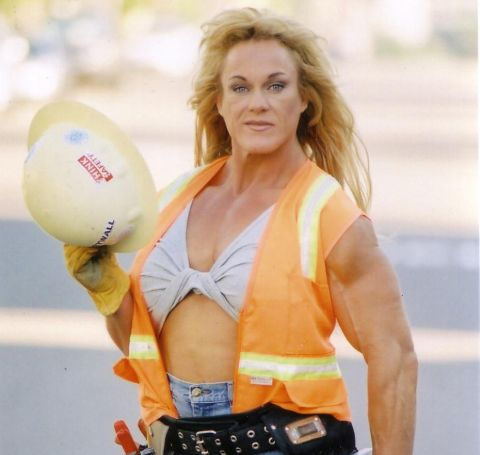 Jayne Trcka is a successful body builder, fitness model and a dashing actress.