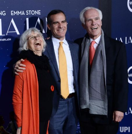 Gil Garcetti has two children, Eric Garcetti and Dana Garcetti.
