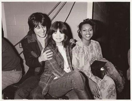 Scott Colomby met Valerie on 1977.