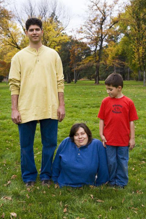 Rose Siggins is a mother of 2 children.