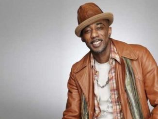 Ralph Tresvant is married to Amber Serrano since 2004.