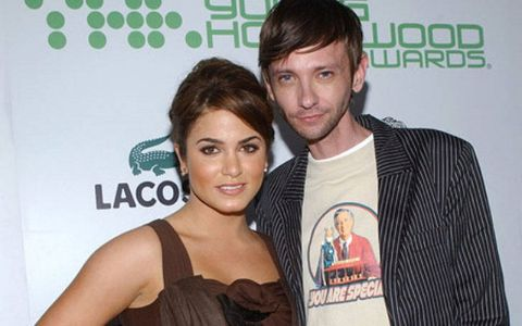 Dj Qualls was previously dating the famous American actress, Nikki Reed.