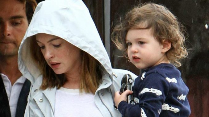 Jonathan Rosebanks Shulman is the son of Anne Hathaway and Adam Shulman.