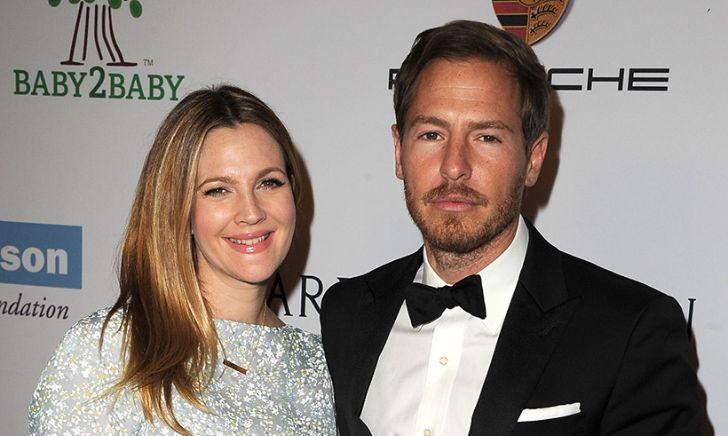 Will Kopelman is currently dating Karen Elson.