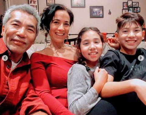Hiro Kanagawa has two children.