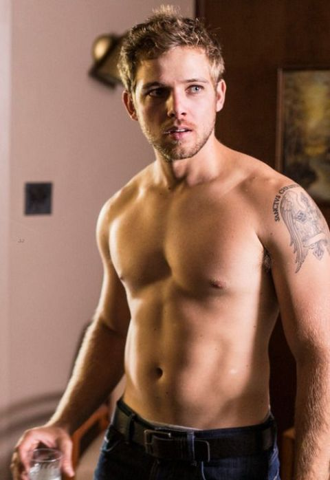 Max Thieriot stands at the height of 5 feet 11 inches.