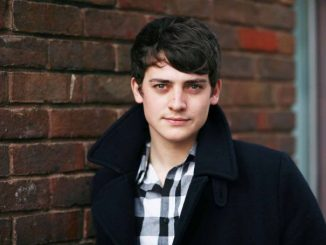 Aneurin Barnard is married man.