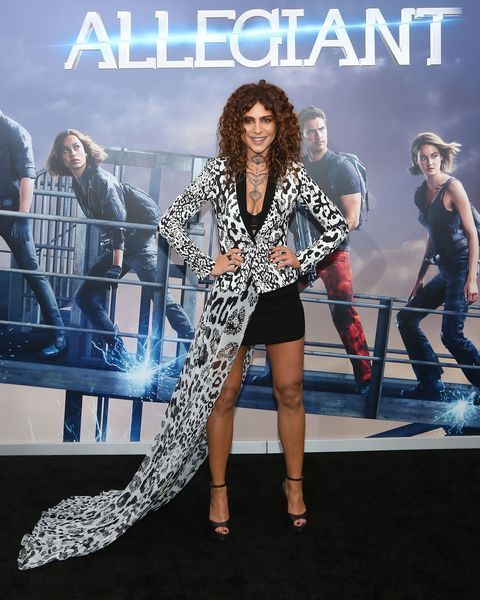 Nadia Hilker also played in  d The Walking Dead .