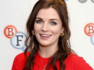 Aisling Bea featured on Netflix show Living with Yourself.