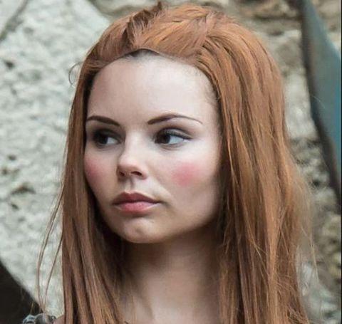 Eline Powell as Bianca in red hair.