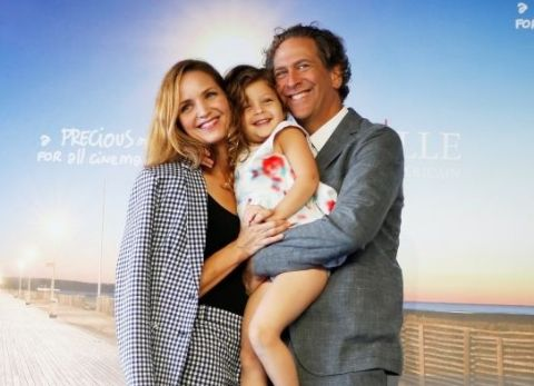 Jordana Spiro and spouse Matthew Spitzer and their child