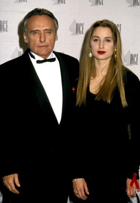 Katherine LaNasa has a son, Henry Hopper with her first husband Dennis Hopper.