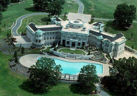Evander Holyfield's villa vittoria.