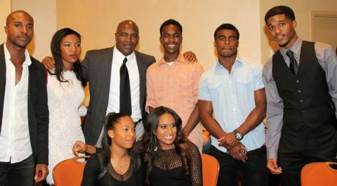 Evander Holyfield with his children.
