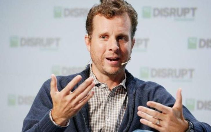 Jamie Siminoff owns a whopping net worth of $300 million from selling Ring to Amazon. Source: Biowiki