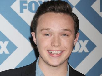 Ian Colletti holds a net worth of $200,000 as of 2019.